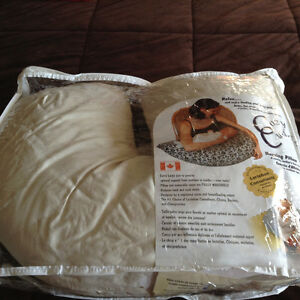 Breast feeding pillow-cuddle cozy brand