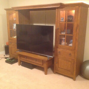 Oak cabinets/ Hutch/ TV surround stand