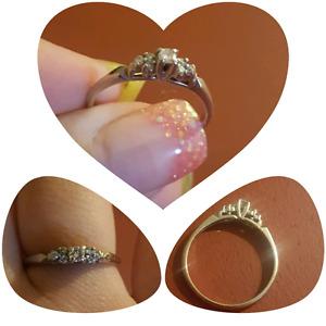 14 k White Gold Engagement ring