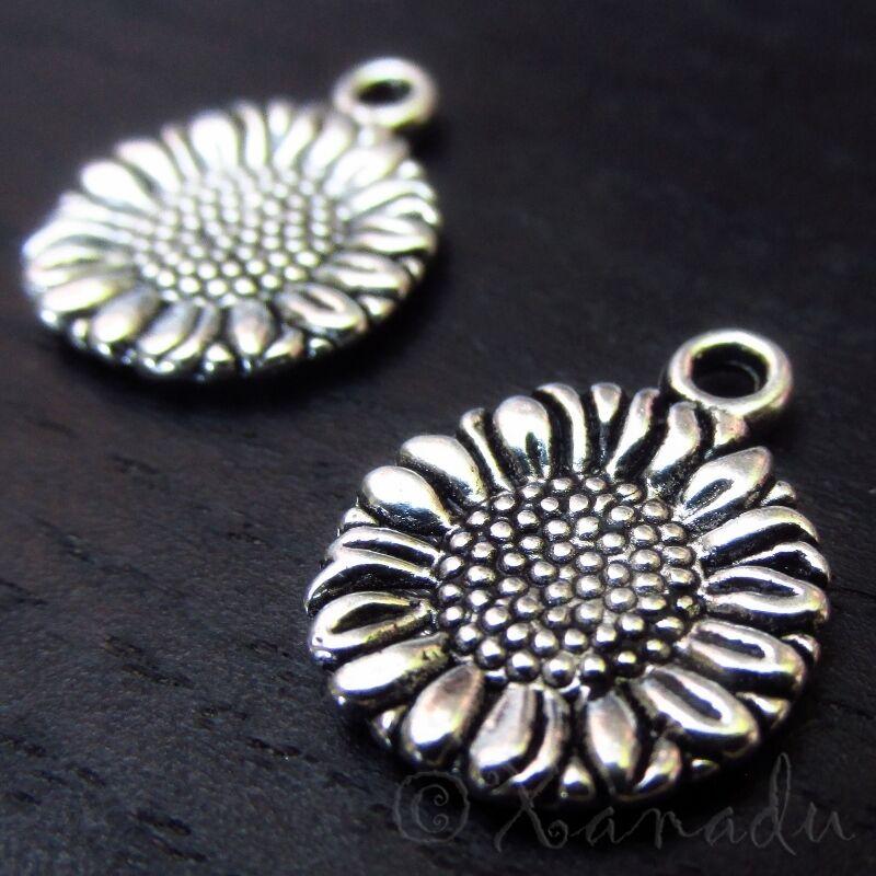 Sunflower Wholesale Floral Silver Plated Charm Pendants C3107 - 10, 20 Or 50PCs