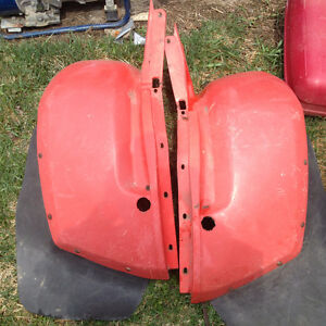 honda atc rear plastics with mudflaps for 200-250