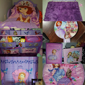 Toddler bedroom set Sofia the first
