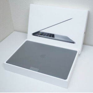 """MacBook Pro 15"""" Space Grey 2.8GHz Quad-core i7 1TB Touch Bar"""
