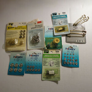 Lot Sewing Trim Zippers Snaps etc. Kitchener / Waterloo Kitchener Area image 9
