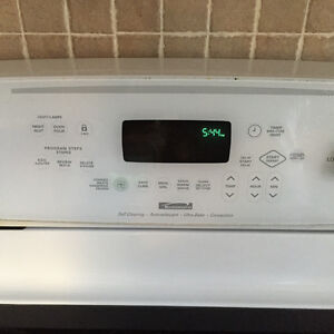 Kenmore self cleaning convection stove/oven