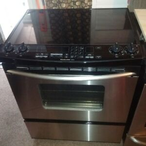 "30"" Kitchenaid Stainless Steel Slide-in Electric Glasstop Stove"