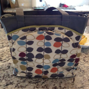 Diapper bag with changing pad