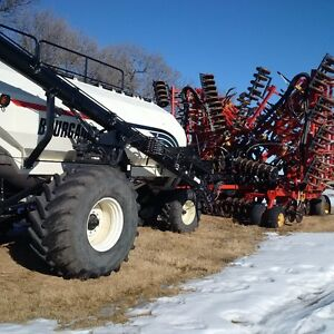 2009 Bourgault 5710 Air Drill & 6550 Tank