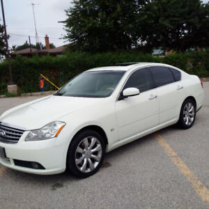 2006 Infiniti M35X Sedan - Technology Package