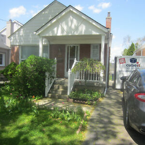 Beautiful Bungalow close to Weston Station Available on August 1
