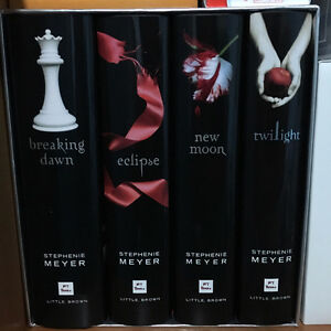 The Twilight Saga Complete Collection - Hardcover Collector Set