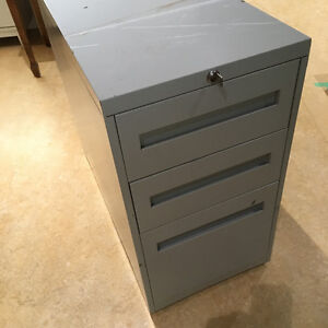Filing Cabinet with Key