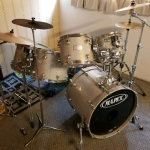 Mapex signature Series 6 piece Drum set