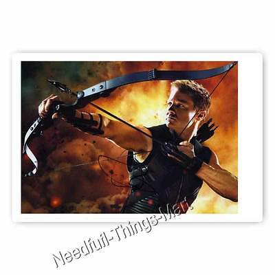 Jeremy Renner /  Clint Barton / Hawkeye aus Avengers - Autogrammfotokarte  (Hawkeye Aus Avengers)