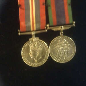 WW2 CANADIAN 2 British Medal War Medal 1939-1945 nice