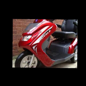 PT7 - ROYALE 3 SCOOTER (Rare)