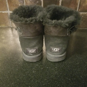Authentic UGGs-size8