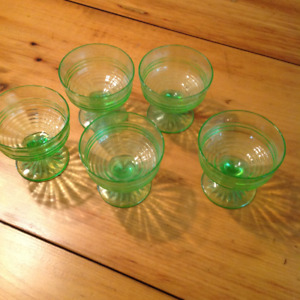 5 GREEN DEPRESSION GLASS DESSERT  DISHES $35