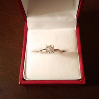 1.00 CARAT DIAMOND SOLITAIRE TIFFANY STYLE RING