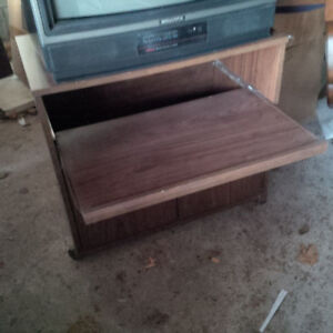 Cart / Stand - on casters - Microwave, TV etc.