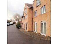 2 bedroom flat in Eastwick Road, Taunton, TA2