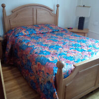 5 Piece Bedroom Set for sale - Plateau Mont-Royal