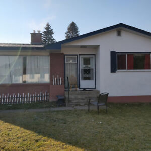 3 Bedroom 1 Bath  home for rent in Merritt with large yard