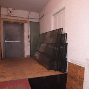 Commercial / retail unit available 3,400 sq.ft.
