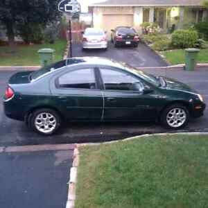 2000 Dodge Neon   Needs to go! West Island Greater Montréal image 1