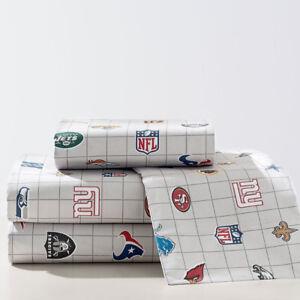 BOYs: Beatiful Brand New Pottery Barn NFL Sheet Set Full Size