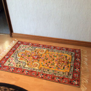 FULL EMBROIDERY COLOURFUL CARPET WITH LINING