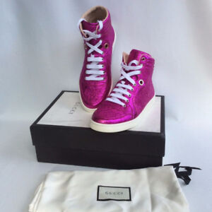 Women Gucci pink sneakers brand new