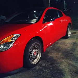 Nissan Altima Coupe 2.5S - Red, Black Roof - 2009
