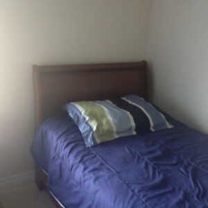 Kids Twin Bed With Headboard Footboard and Sides Belleville Belleville Area image 2