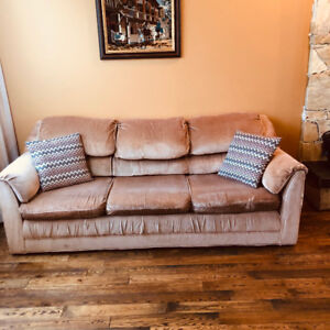 Beige Coloured Couch (Delivery Available)