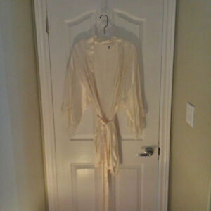 Women's Silk and Satin Robes and Nightgowns
