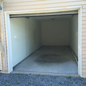 [LEASED] Garage for Storage Uptown (14x24 ft)