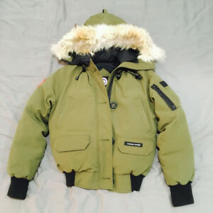 Canada Goose Bomber for women, size XS, condition 9.9/10