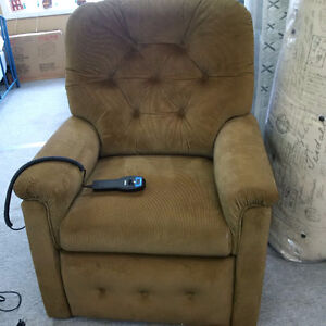 Power Lift Recliner Buy Or Sell Chairs Amp Recliners In