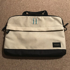 Targus Strata Laptop MacBook Pro Case Sleeve Slip - $20
