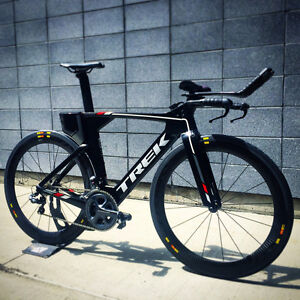 Vélo triathlon Trek Speed concept ProjectOne  di2 Mavic CXR60