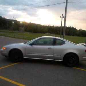 2002 Oldsmobile Alero Coupe (2 door) for parts