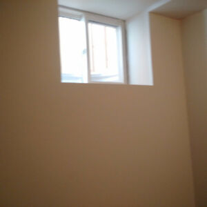 2 LARGE BEDROOM FOR RENT FOR FEMALE STUDENT/FEMALE PROFESSIONAL