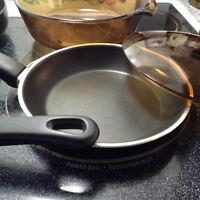 Casserole w/lid, frying pans