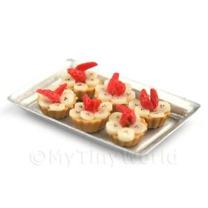 6-Loose-Dolls-House-Miniature-Banana-and-Strawberry-Tarts-on-a-Tray