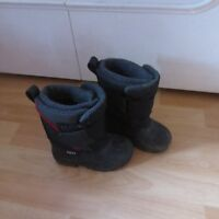 winter boots size 7 and 8