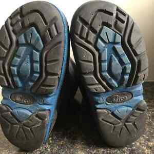Great condition boys winter boots - size 9 toddler Kingston Kingston Area image 3