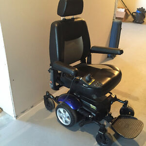 Like new Merits Electric power Wheelchair