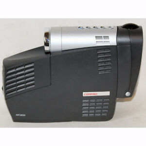 Compaq MP2800 Digital Multimedia DLP Projector with case