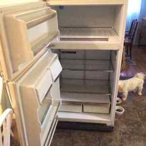 fridge Regina Regina Area image 2